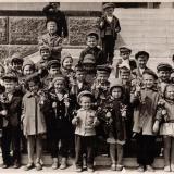 Краснодар. Детский сад №16 на ступенях Крайкома КПСС