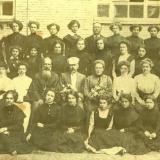 1910 год. Екатеринодарская городская женская гимназия, выпуск 7-го класса