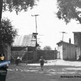 1953 год. Южная сторона двора дома № 50 по ул. Мира (приведена старая нумерация домов)
