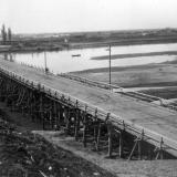Краснодар. Строительство моста через реку Кубань, 50-е годы.
