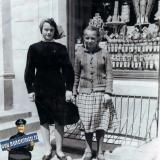Краснодар. Возле нового магазина 23.IV.1954 года.