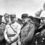 Екатеринодар. Офицеры французской военной миссии и представитель чешского легиона.