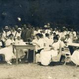 Екатеринодар. Сбор подарков на фронт в годовщину начала Великой Войны, 1916 год.