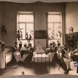 Екатеринодар. Сестры милосердия общины в одной из комнат общежития, 1915 год