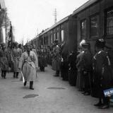 Екатеринодар. Торжественная встреча 1-й Кубанской запасной пластунской сотней, великого князя Николай Николаевича