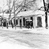 Угол улиц Красноармейской и Орджоникидзе, вид на северо-восток, 1975 год.