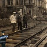"""Краснодар. Угол улиц Красной и Пролетарской, май 1935 года. """"Перешивка"""" трамвайных путей"""