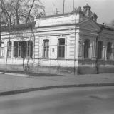 Угол улиц Октябрьской и Пушкина, около 1977 года, вид на северо-восток