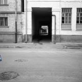 Краснодар. Гарнизонная баня. Улица Октябрьская № 64 (вид левой части) и фрагмент дома № 66