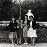 Краснодар. Горпарк. У памятника Л.Н. Толстому, 1960-е годы