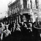Краснодар, освобождённый. На перекрестке улиц Красной и Горького, 12 февраля 1943 года