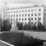 Краснодар. КСХИ. Памятник К. Марксу, 1970-е