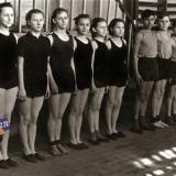 Краснодар. СШ №30. Занятие в спортзале, 1958 год