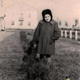 Краснодар. У домов по ул. Шоссе Нефтяников №1 и №3, вид на север. 1955 год