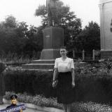 Краснодар. У памятника В.И. Ленину, 1956 год.