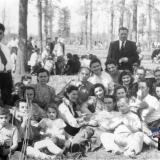 Краснодар. В роще, 2 мая 1952 года.
