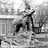 Краснодар. Слон в сквере Дружбы.