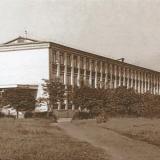 Учебный корпус №2 КГИК, вид с ул Шоссейной, начало 1970-х