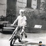 Краснодар. Двор детского сада, располагавшегося на перекрестке ул. Северной и Щаумяна, 1973