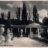 Геленджик. Дом отдыха №4-5 ВЦСПС. Сквер, 1955 год