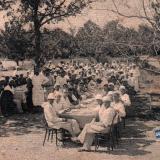 Геленджик. Обед рабочих в санатории, конец 1920-х