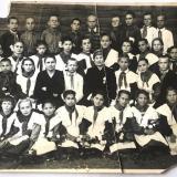 Тихорецк. Выпуск начального класса 34 школы 1950 г