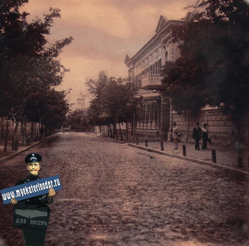 Ейск. Черноморская улица. Азово-Донской банк, 1914 год