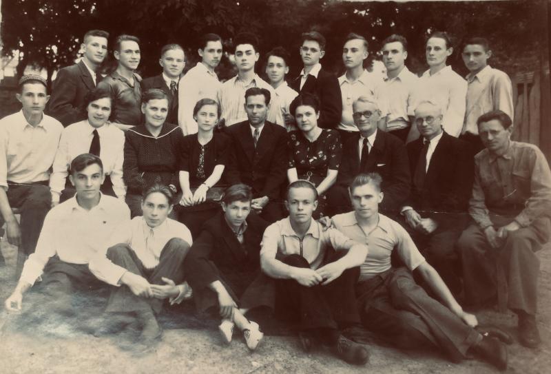 Краснодар. Школа №28, 10 класс, 1949 год.