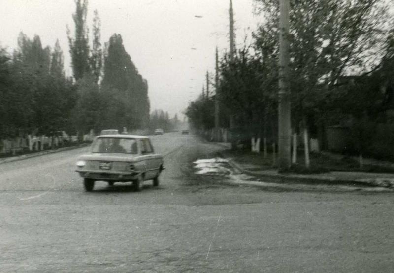 Краснодар. Перекрёсток улиц Бабушкина и Тургенева. 1978 год.