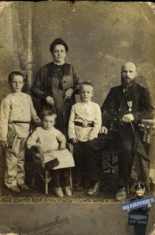 Амбражевич М.М.
