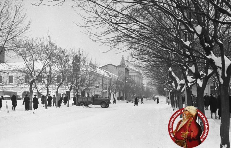 Краснодар. Угол улиц Красной и Коммунистической, 1962 год, вид на север