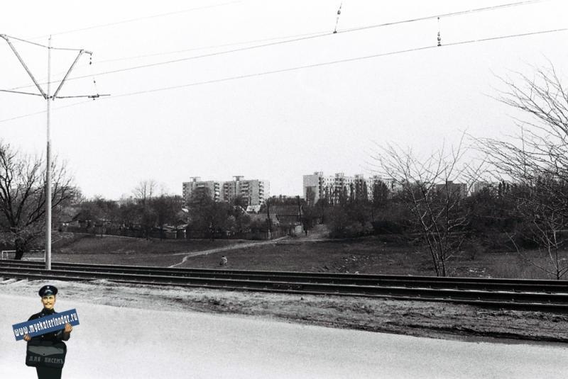 Краснодар. Вид на посёлок Гидростроителей с улицы Трамвайной, 1978 год.