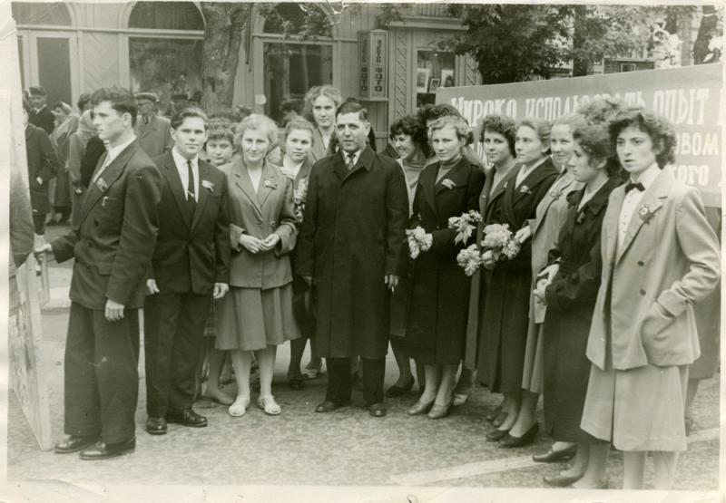 Краснодар. Красная улица, между Пашковской и Длинной, конец 1960-х, вид на запад
