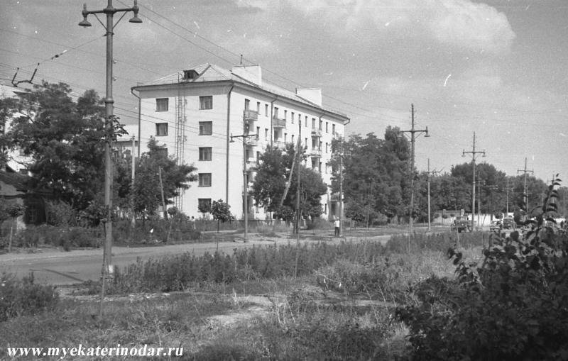 Краснодар. Вид на улицу Северную, начало 70-х