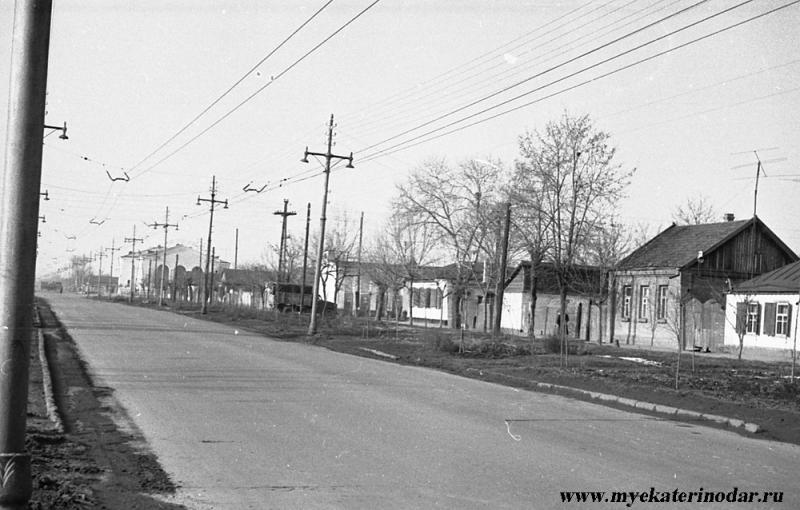 Краснодар. Вид улицы Северной от Котовского в сторну Тургенева, конец 1960-х