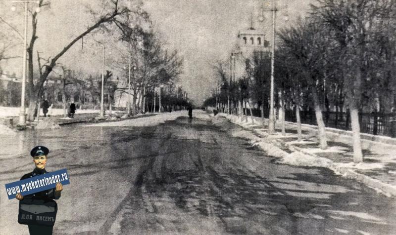 Краснодар. Улица Красная, между Тельмана и Пушкина, 50-е годы.