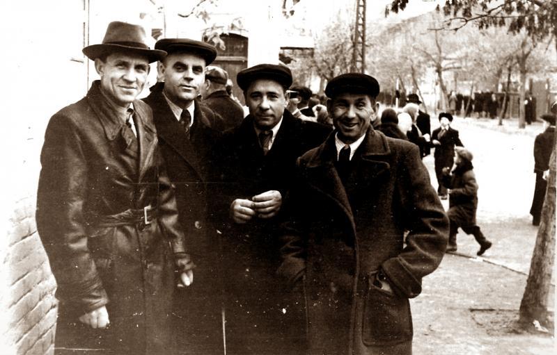 Краснодар. На улице Шаумяна, 7 ноября 1956 года.