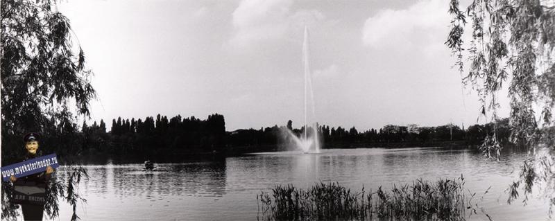 Краснодар. Фонтан на Верхнем Покровском озере. 1984 год