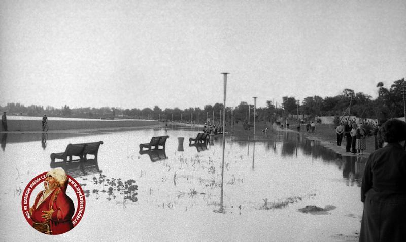 Краснодар. Кубанонабережная после дождя, 19.06.1966 года.