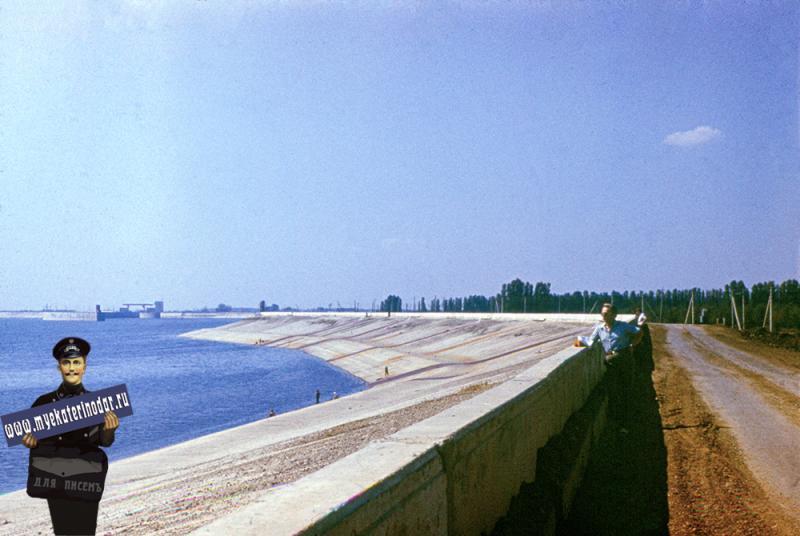 Краснодар. На берегу Краснодарского водохранилища. Конец 1970-х