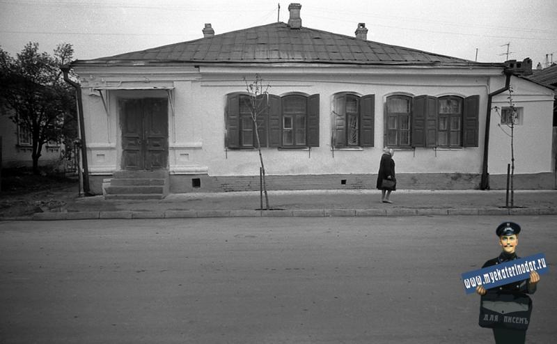 Краснодар. На улице Октябрьской. № 70
