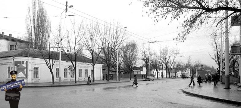Краснодар. Перекресток Красной и Северной. Вид на восток. 5 декабря 1981 года