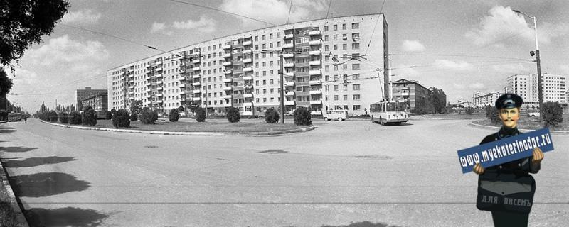 Краснодар. Тургенева улица - перекресток c Атарбекова
