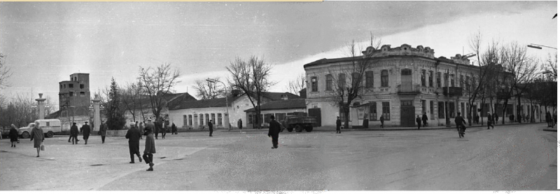 Краснодар. Угол улиц Красной и Дружбы, вид на восток, 8 января 1967 год
