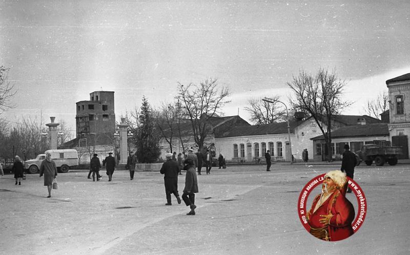 Краснодар. Угол улиц Красной и Буденного, вид на восток, 1966 год