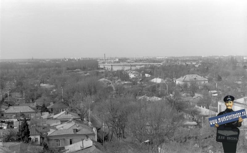 Краснодар. ул. Чапаева между Октябрьской и Кирова, вид на запад, 1984 год