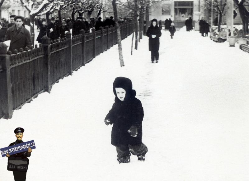 Краснодар. В Первомайском сквере, 1957 год