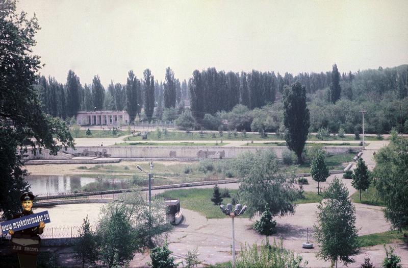 """Краснодар. Затон, вид на стадион """"Труд"""" 1987 год"""
