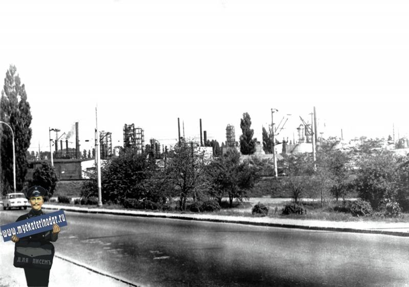 Краснодар. Нефтеперерабатывающий  завод, 1979 год