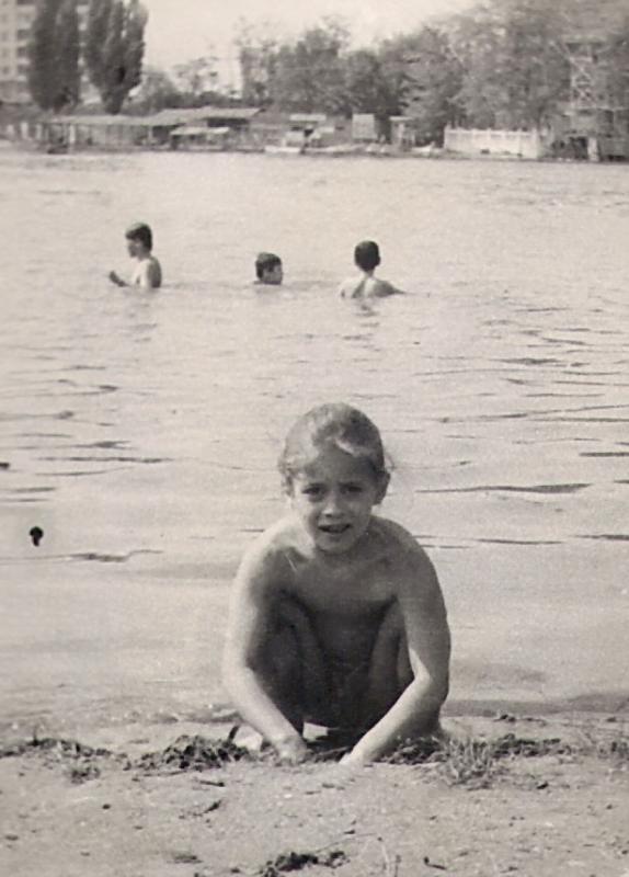 Краснодар. Пляж на Старой Кубани, около 1978-1979 гг.
